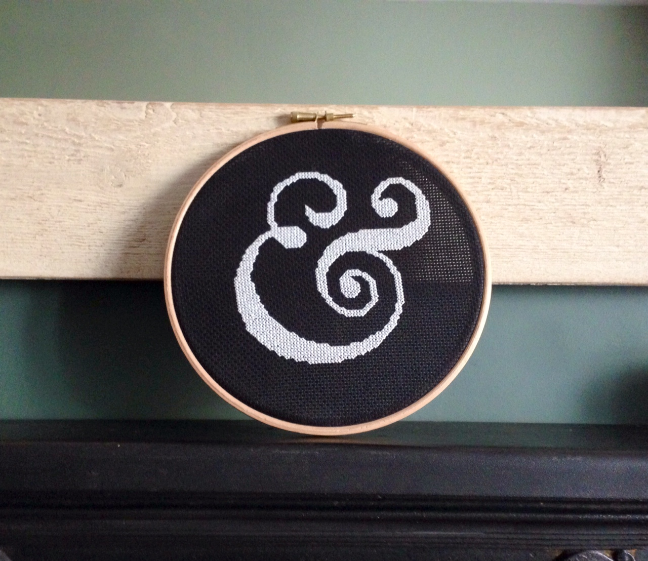 ampersand cross stitch