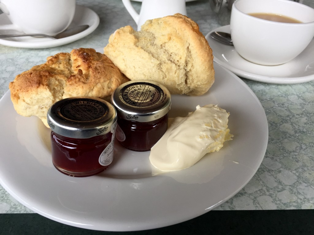 Old station cream tea