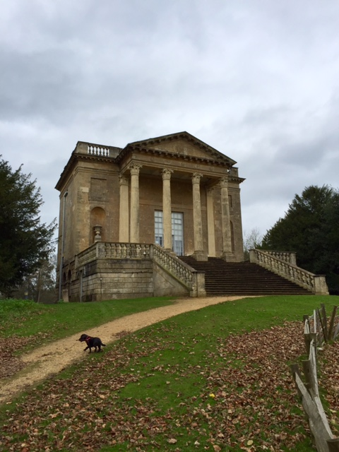 Queen's temple at Stowe Gardens