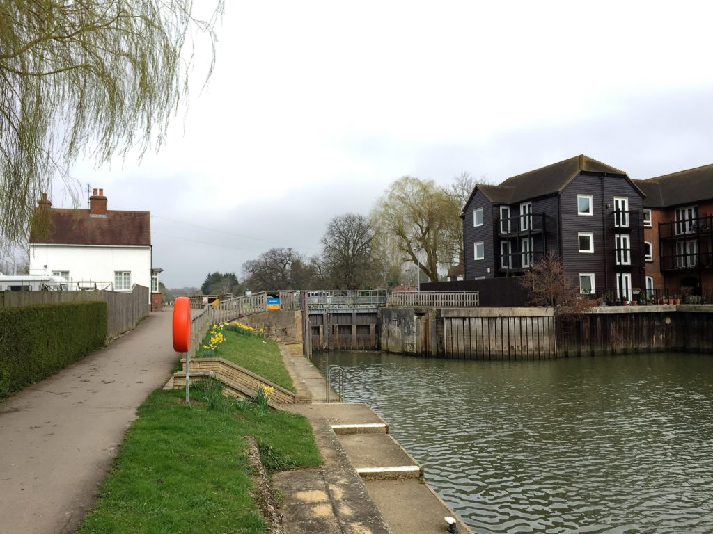 Arriving at Sandford Lock