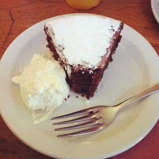 Flourless Chocolate and Almond Cake